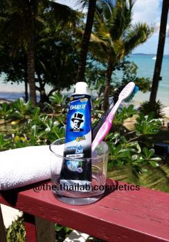 Тайская Зубная Паста Отбеливающая с Бамбуковым Углем Darlie 80г